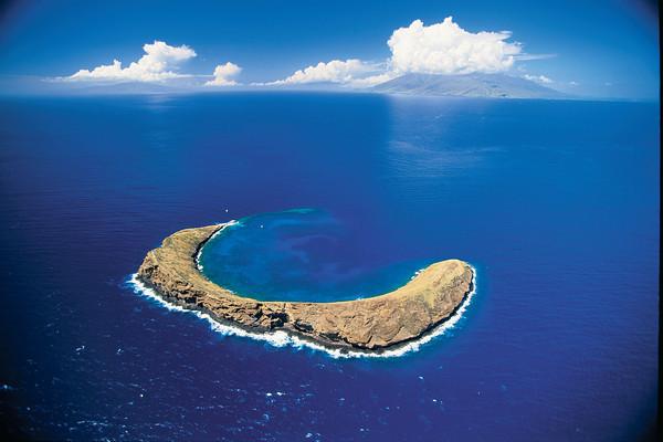 Hawaii Inter Island Cruises