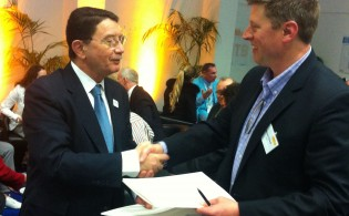 Mr.-Rifai-and-Mr.-Stowell-Express-Appreciation-for-UNWTO-ATTA-MOU-2014-Signing