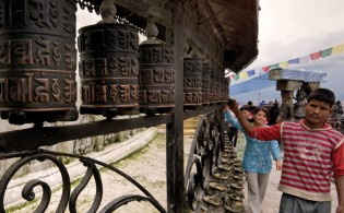 Nepal-Kathmandu-Spinning-Prayer-Wheels-Leo-Tamburri-2010-IGP7033-Derivative-Lg-RGB