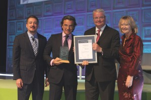 People Award Winner 2015 Jeff Rutledge, CEO AIG Travel, Sponsor People Award and Winner, Confortel Hoteles Spain, José Ángel Preciados, General Manager and Award Judge, Paul Clark, Mandarin Oriental and Fiona Jeffery OBE, Chair Tourism for Tomorrow Awards