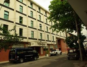 HOTEL VICTORIA REGIA