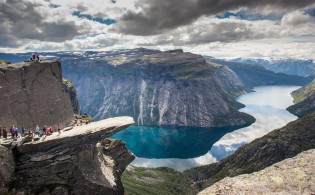 © Scott Sporleder/fjordnorway.com