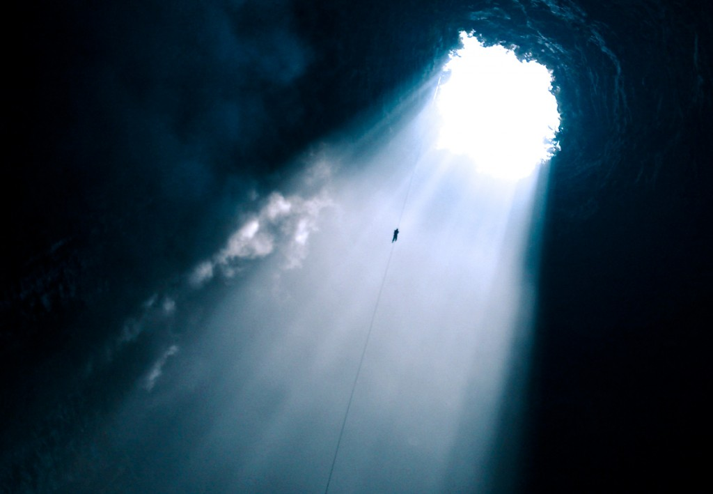 Rapelling into caves is just one of many highlighted adventures being offered before AdventureNEXT. Photo courtesy Ricardo Espinosa / CPTM.