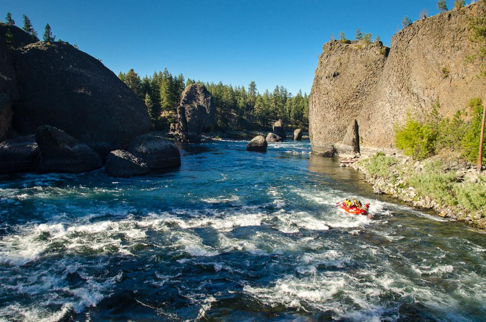 Rafting the Spokane River — one of the Day of Adventure activities for AdventureELEVATE delegates — includes the famous Bowl & Pitcher and Devil's Toenail. © ROW Adventures.