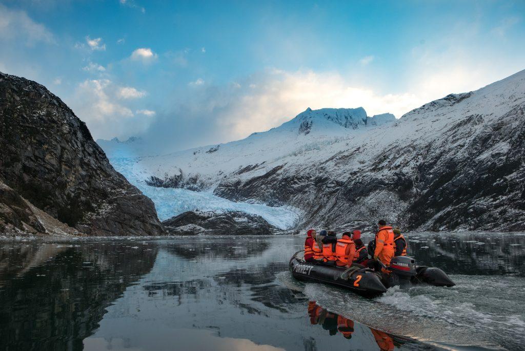 Parry Glacier tour © ATTA / Josiah Holwick