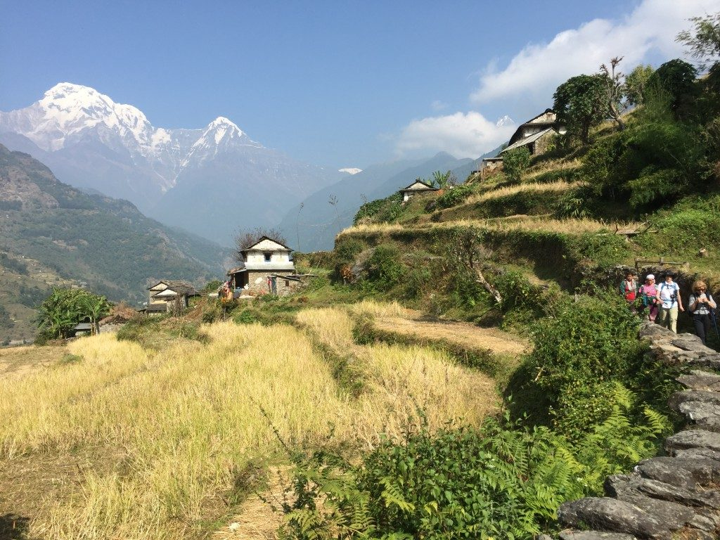 3-amazing-scenery-trekking-in-nepal-kelly-palmer-1024x768