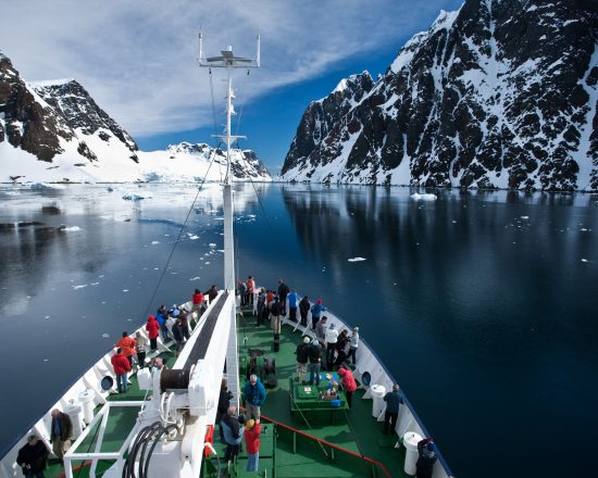 25-years-of-antarctic-exploration-aurora-expeditions