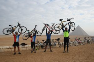 tour-dafrique-at-cairo-pyramids-2-courtesy-of-tda-global-cycling
