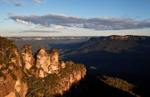3-sisters-blue-mountains-grand-traverse