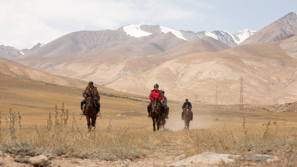 Participants rode from the high meadows of Eshekart pass to Solomo Gorge. © ATTA/Rupert Shanks